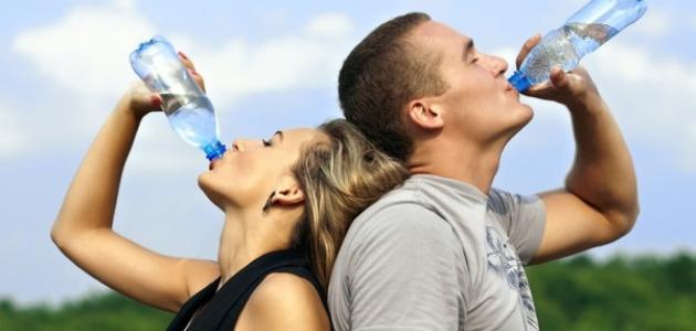 شرب الماء من أجل ضبط الوزن