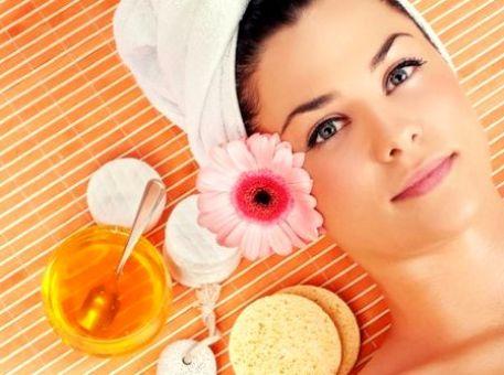 فوائد العسل لبشرة صحية