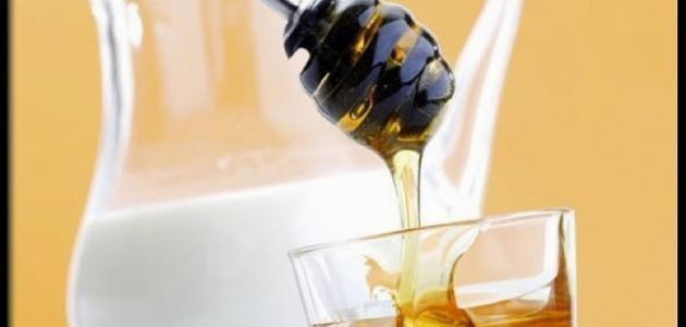 فوائد اللبن مع العسل الأسود