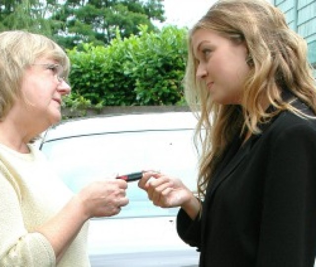 Behind The Wheel How To Help Your Teen Become A Safe Driver