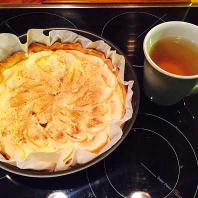 Merci à @lea_boersma pour cette belle tarte aux pommes sans beurre ni sucre !