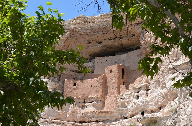 montezuma-castle-national-monument-436735_640