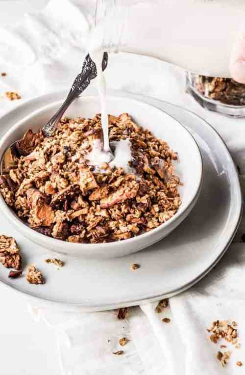 apple cinnamon pecan granola