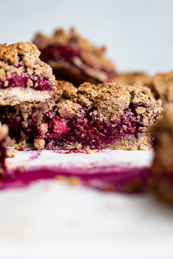 berry crumb bar recipes
