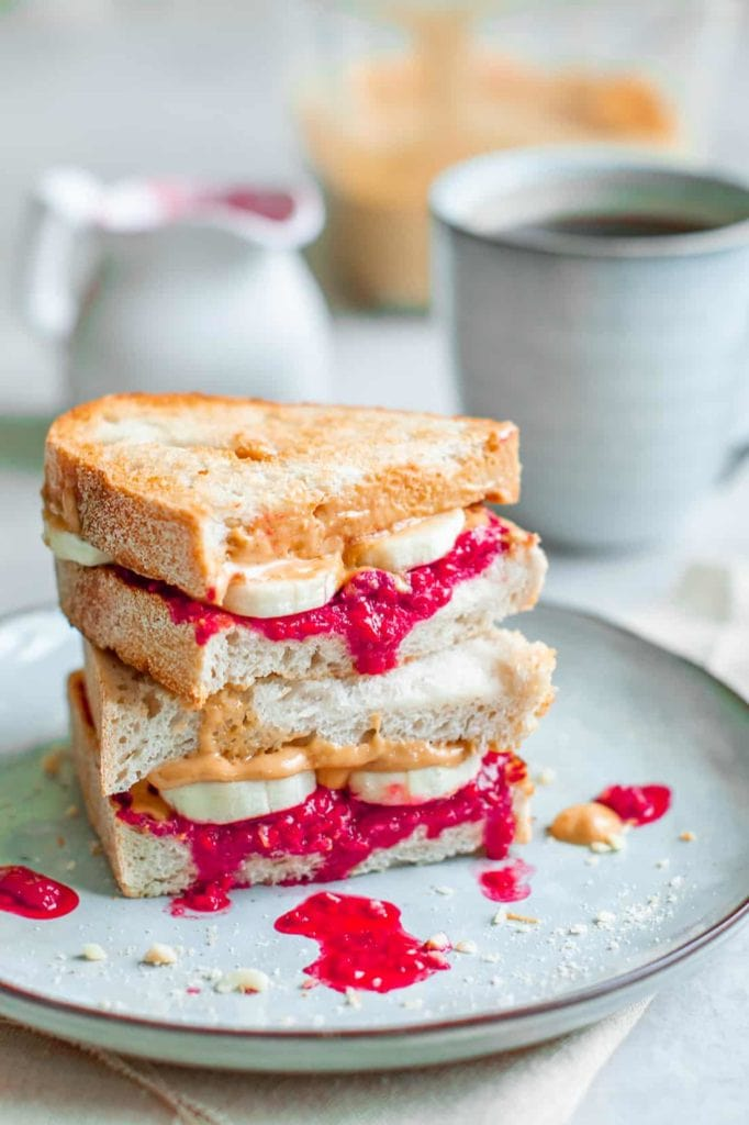 raspberry sandwiches