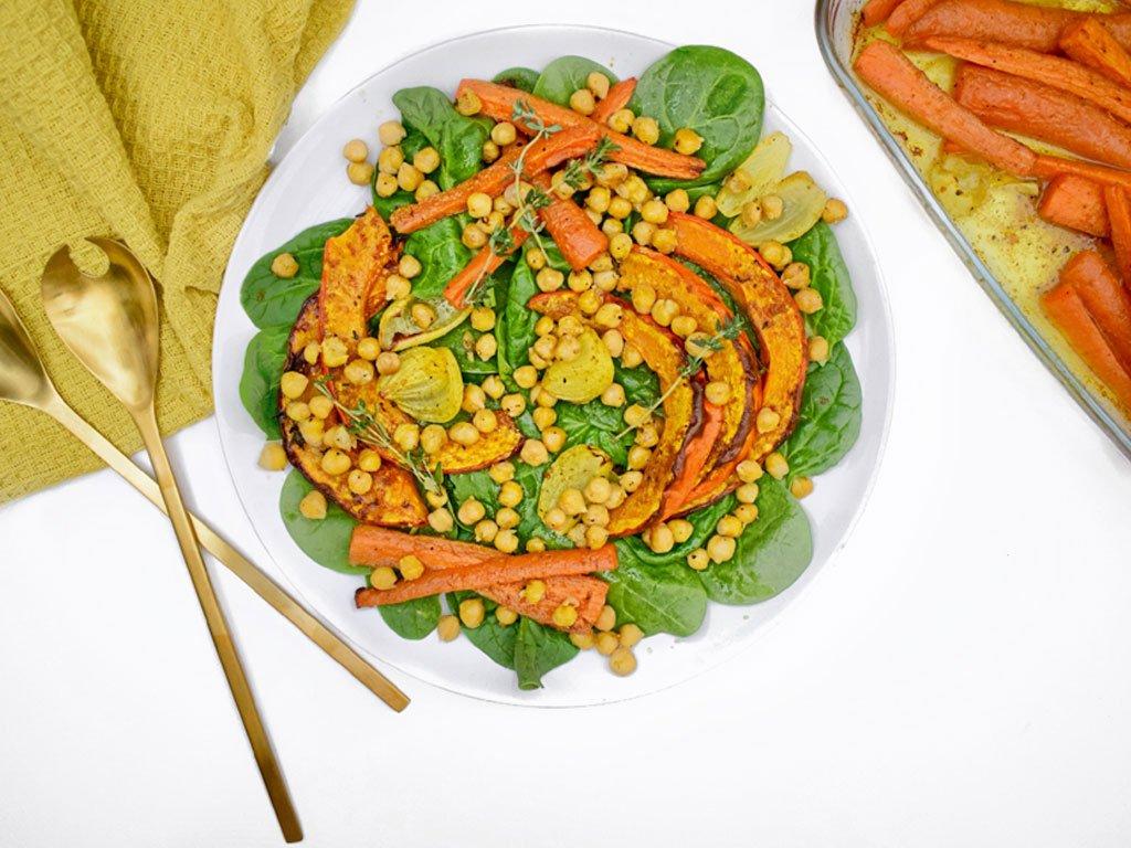Geroosterde pompoen salade met kikkererwten | Gezonde salade