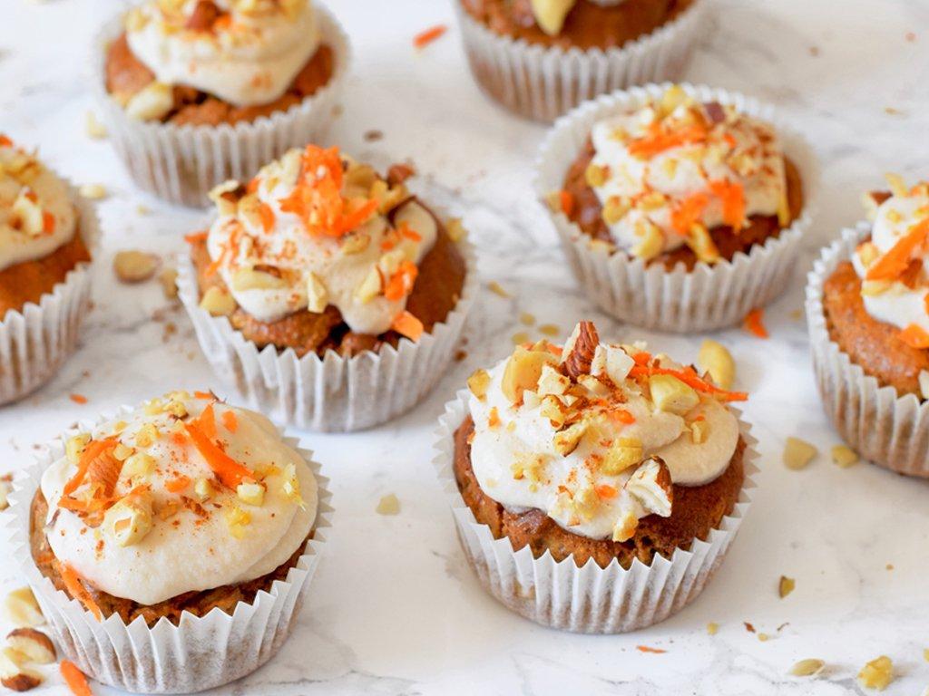 Carrot cake muffins | Pasen recept | Healthy Wanderlust