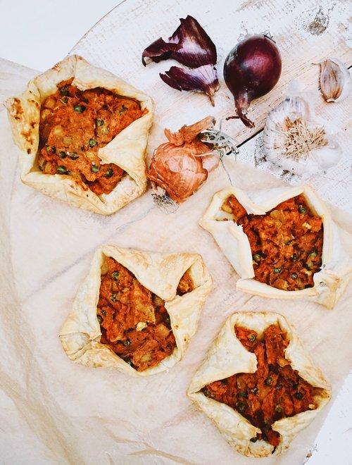 Hapjes recept | Vegetarische curry hapjes | Healthy Wanderlust
