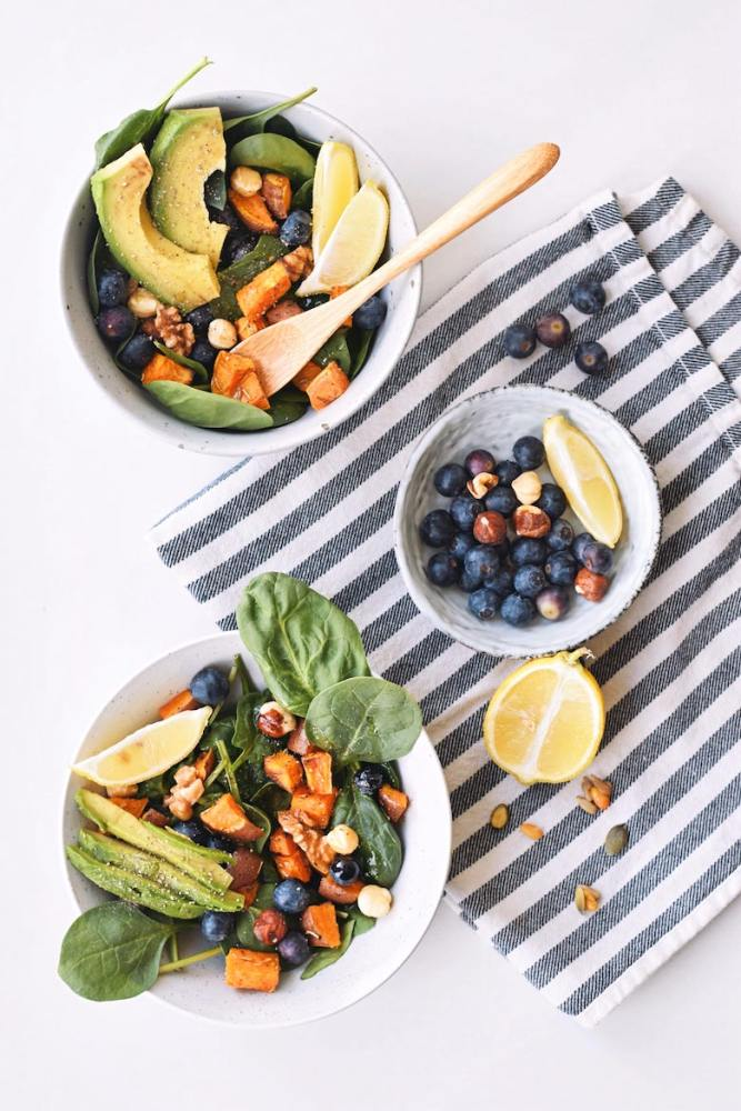 Salade met blauwe bessen en pacannoten | Gezonde salade