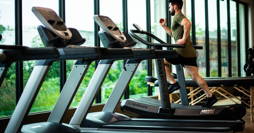 exercising at the gym with hearing loss