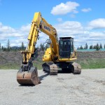 Komatsu 170LC Bolt On Top Cab Guard and Bolt on Screen