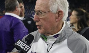 bill snyder after kansas state wins the texas bowl