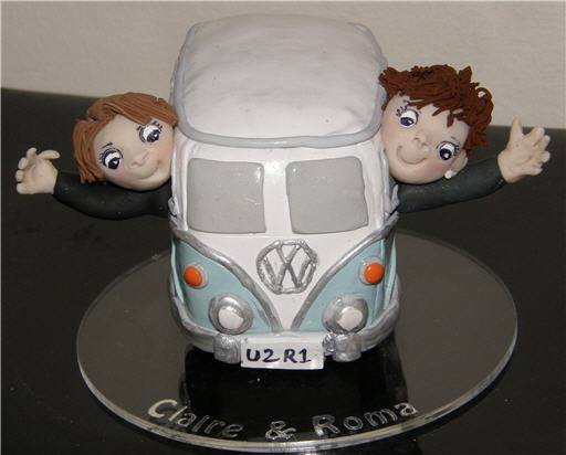 68901886 2307137762689074 7716252061179838464 n - Personalized Cake Toppers by Gaynor Collingwood