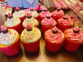 17283649 7927 476F 984E 7039527F6540 - Lillie's Cakes & Sweets
