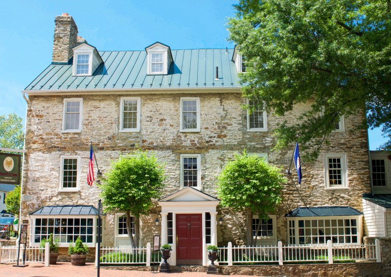 A Relaxing Middleburg Getaway at The Red Fox Inn
