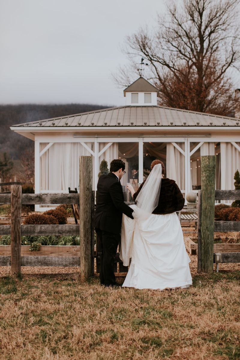Why We Chose December: Winter Wedding Pros and Cons