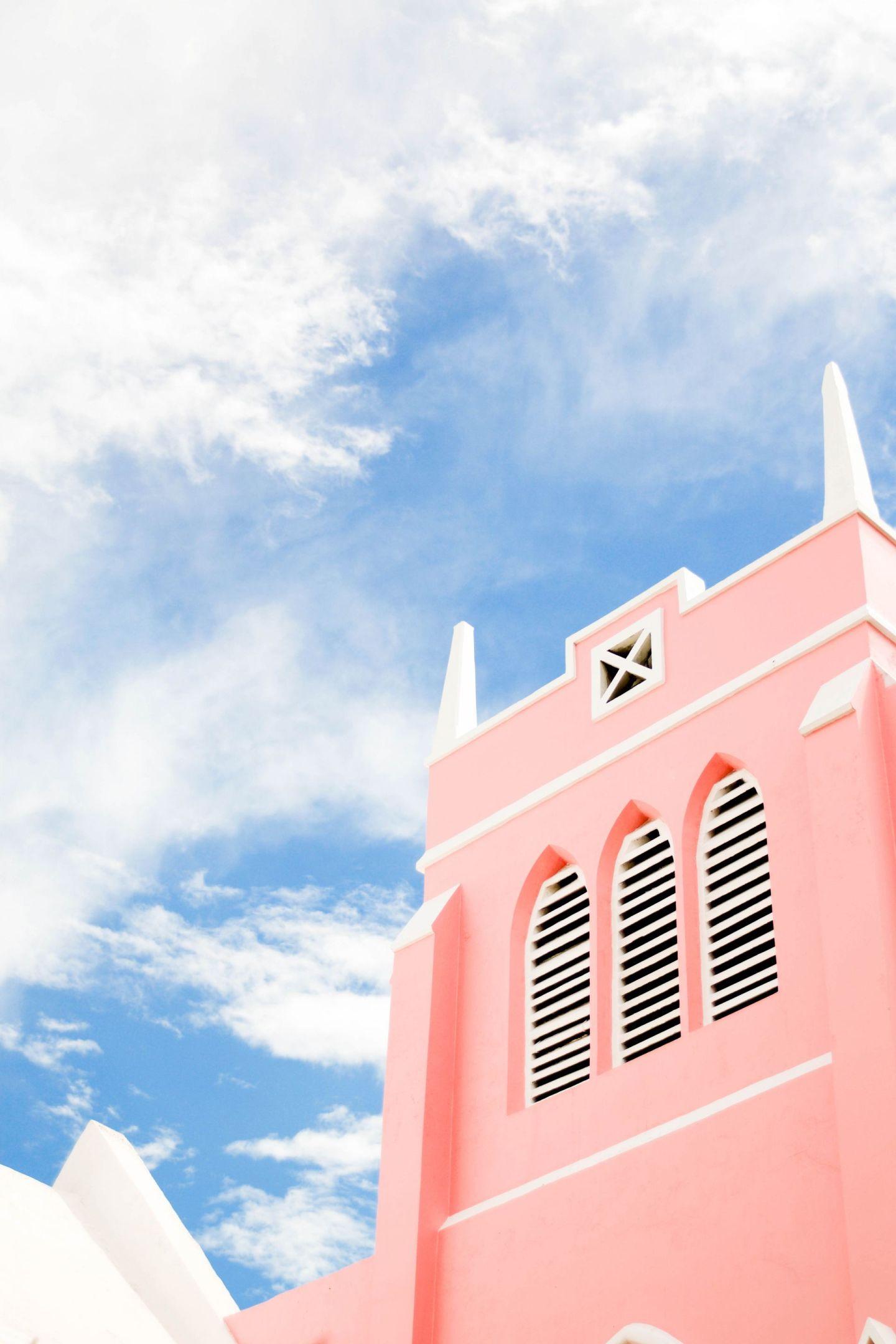 weekend in bermuda - downtown hamilton bermuda