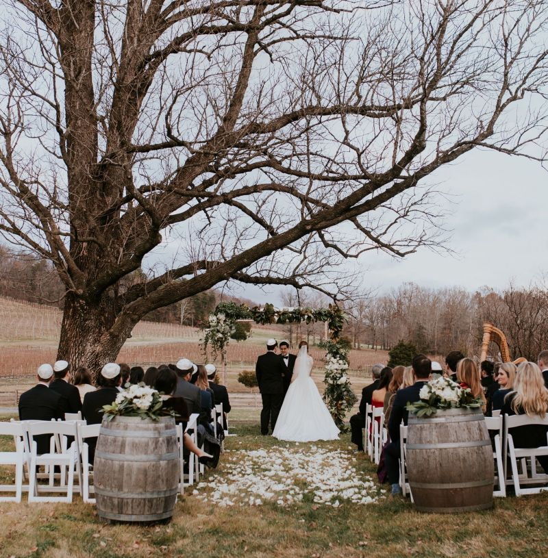 What is it Like to Have a Small Winter Wedding in December?