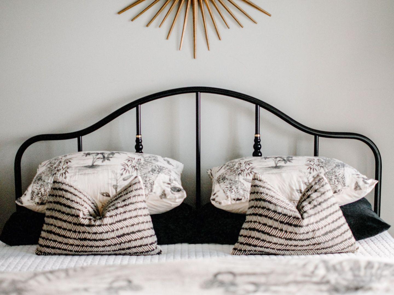 ikea sagstua bed review - affordable black metal bed