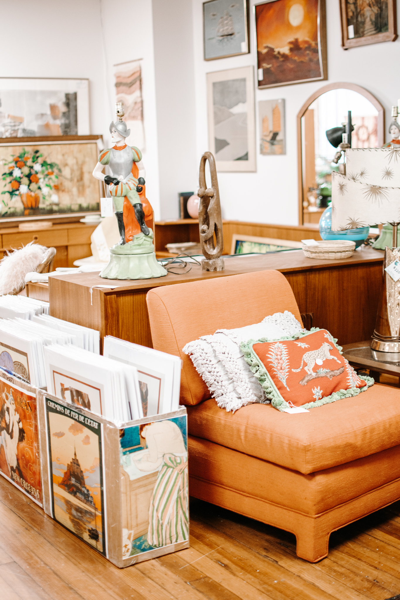 antiquing in frederick maryland - frederick maryland antiques - vintage mc frederick