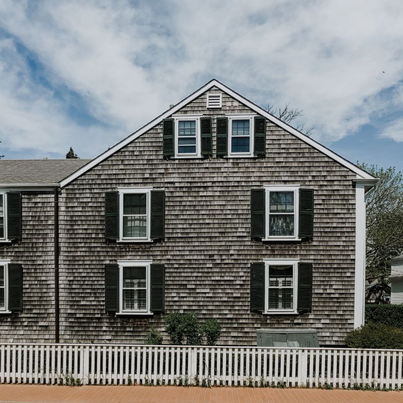 New England Travel Guide: A Spring Weekend in Martha's Vineyard