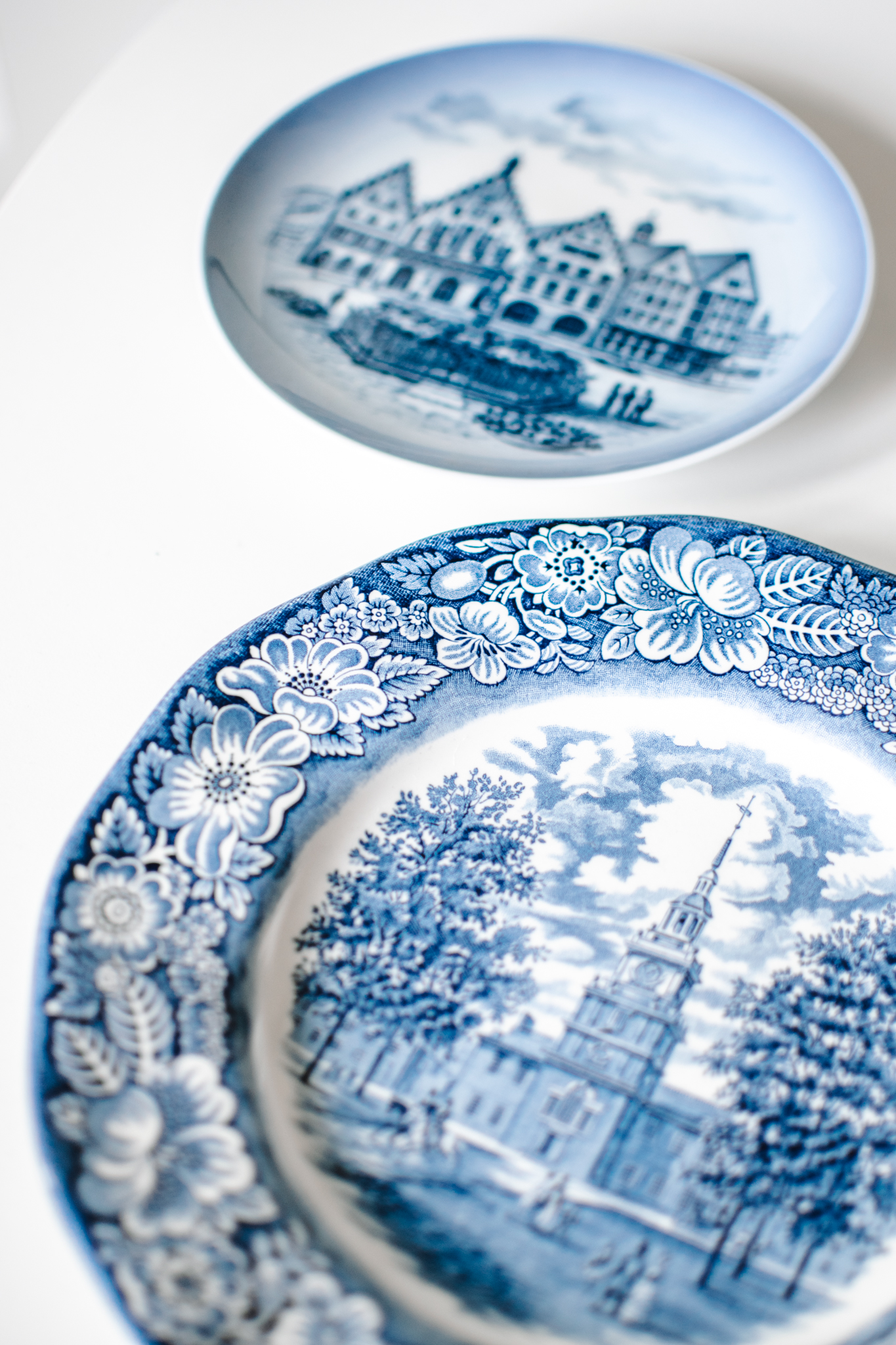 where to buy blue and white plates