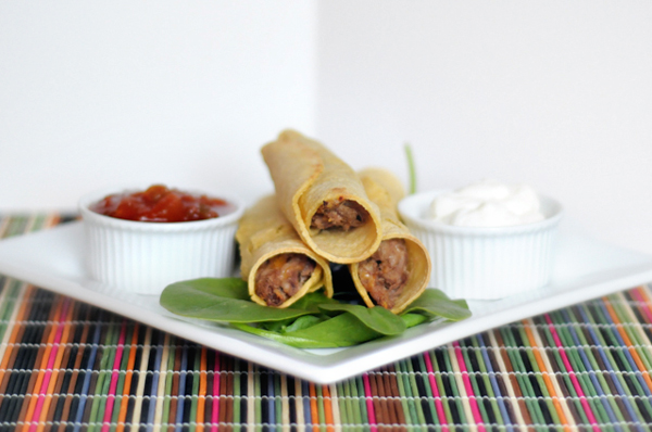 Slow Cooker Shredded Beef Taquitos