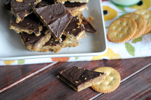Chocolate-coated Ritz Crack - the most addictive candy yet! On HeathersDish.com