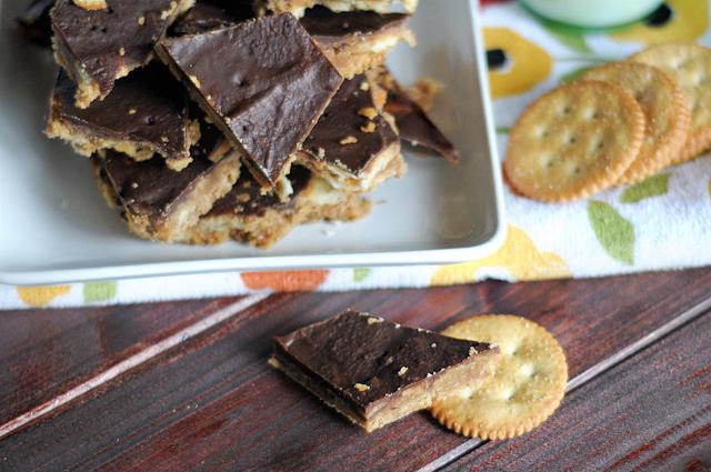 Chocolate-coated Ritz Crack - the most addictive candy yet! On HeathersDish.com