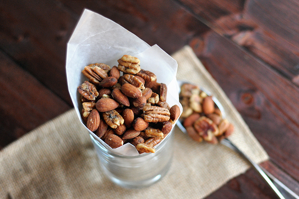 rosemary-thyme-bar-nuts