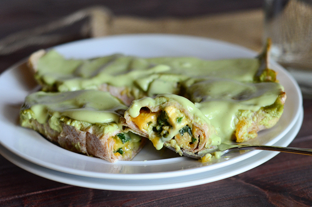 Chicken, Zucchini and Spinach Enchiladas with Skinny Avocado Cream Sauce || HeathersDish.com