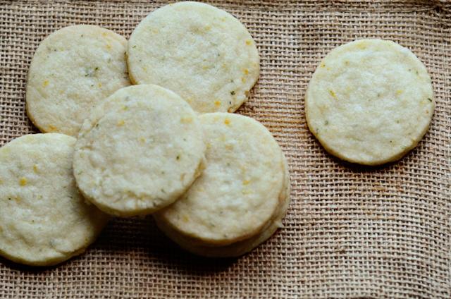 Lemon Thyme Shortbread Cookies || HeathersDish.com