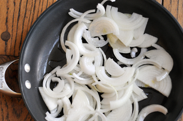How to Caramelize Onions in Less Than 30 Minutes (without losing your mind) || HeathersDish.com