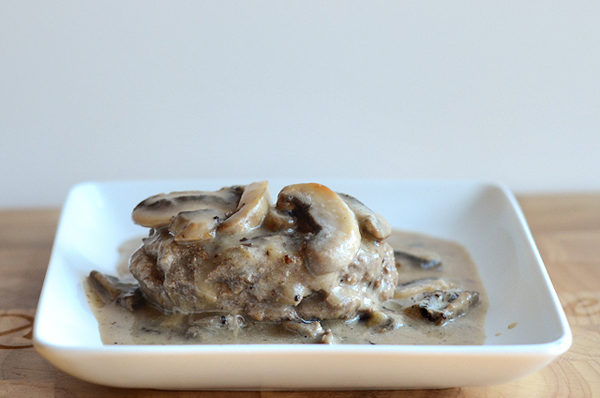 hamburgers-with-mushroom-gravy