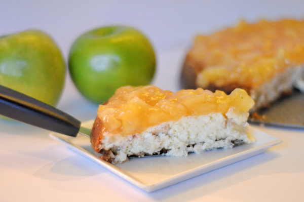 apple-cheesecake-with-gingersnap-crust