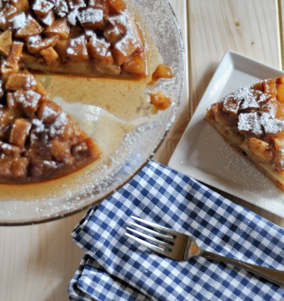 Applesauce Upside-Down Cake    HeathersDish.com #apples #baking #cakes