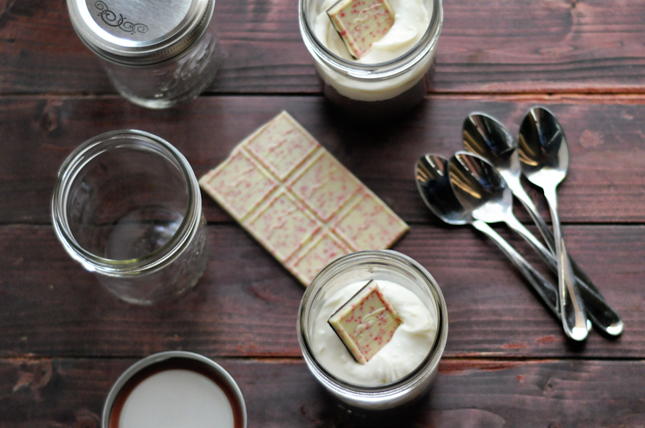 Flourless Peppermint Mocha Cakes in Jars || HeathersDish.com