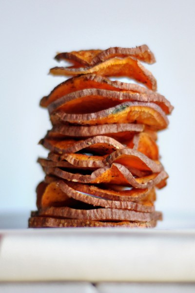 Microwave Sweet Potato Chips || HeathersDish.com