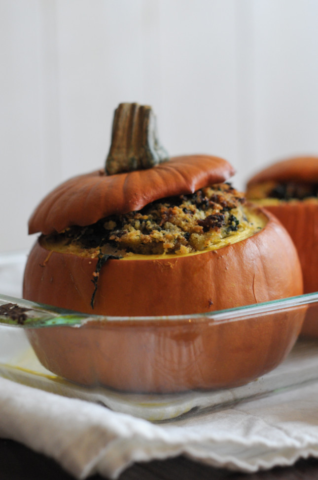 Italian Sausage and Cornbread Stuffed Pumpkins are a perfect dinner in a yummy package! @heathersdish @ARFB #fall