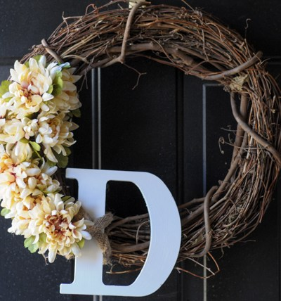 Simple DIY Springtime Wreath