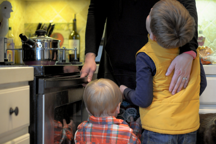 Making Cooking with Kids Fun AND Safe with Potsafe @heathersdish #potsafe