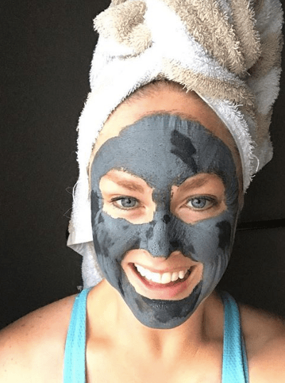 8 Simple Steps to Start Cleaning Up Your Skincare gives you quick, actionable tasks to take to start cleaning up your personal care products and your home! @heathersdish