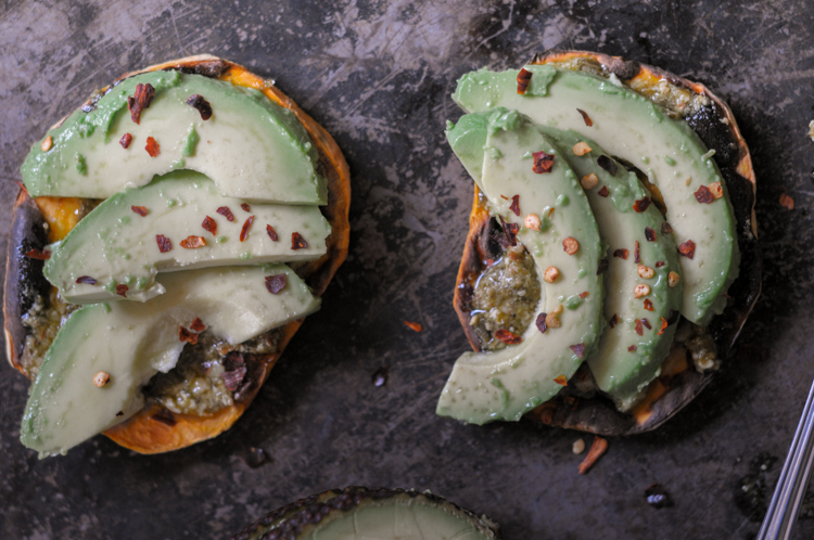 Pesto Avocado Sweet Potato Toast makes a healthy, delicious snack that's packed with flavor and nutrition. @heathersdish #sweetpotatotoast