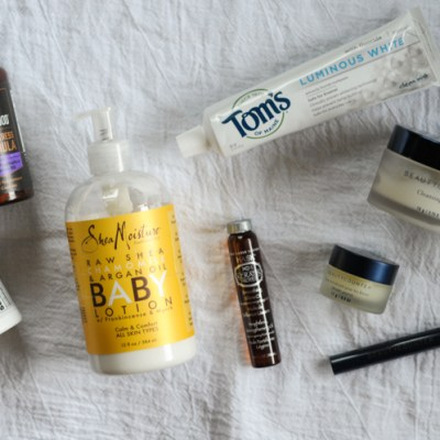 Must-Have Travel Items for the Low-Maintenance Mom