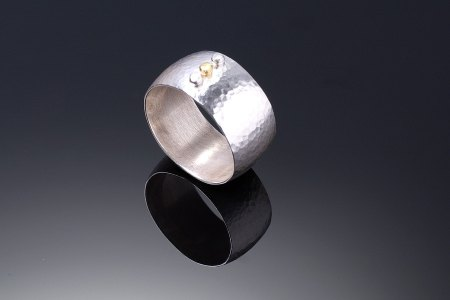 3 Dot Wide Band Ring