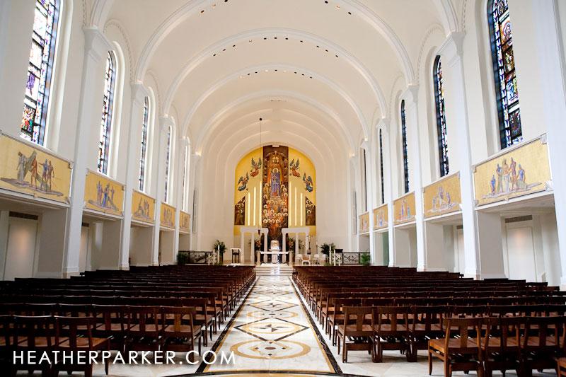 Loyola University Wedding Photographer Madonna Della Strada Amp Kasbeer Hall Chicago Wedding