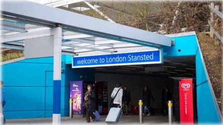 Cheap Taxi Leamington Spa to London Stansted Airport Transfers
