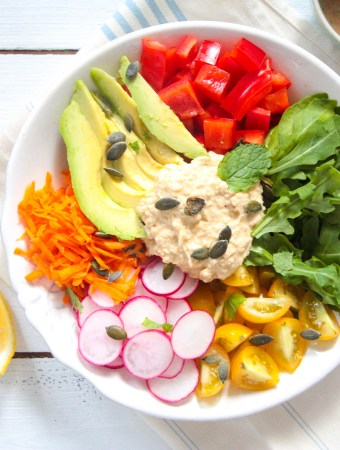 Hummus Salad Bowl with Tahini-Mint-Dressing