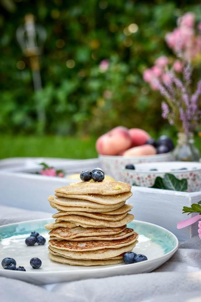 Lemony Almond Pancakes - plant-based, vegan, gluten free, refined sugar free - heavenlynnhealthy.com