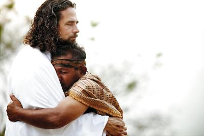 hugging-jesus